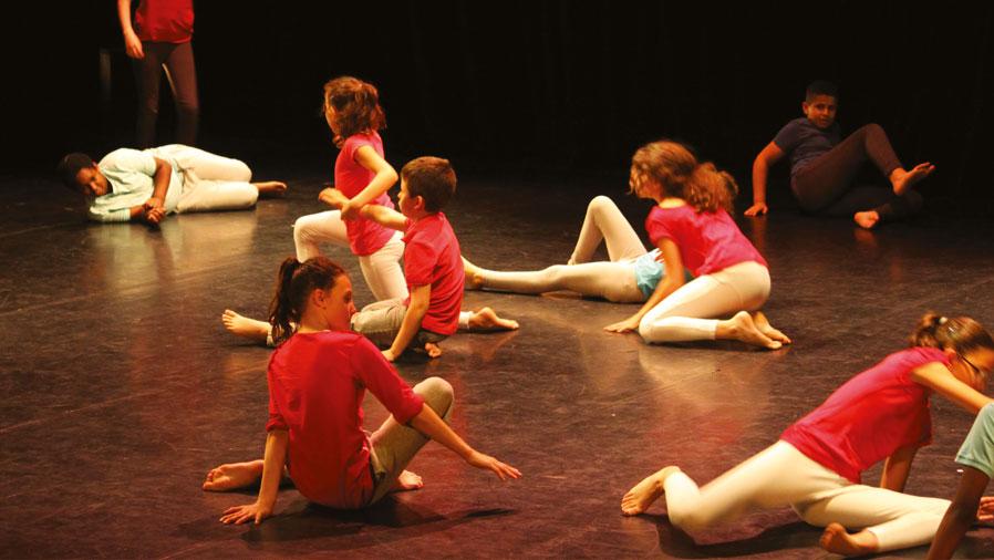 Espace Apollo - Théâtre, musique et danse
